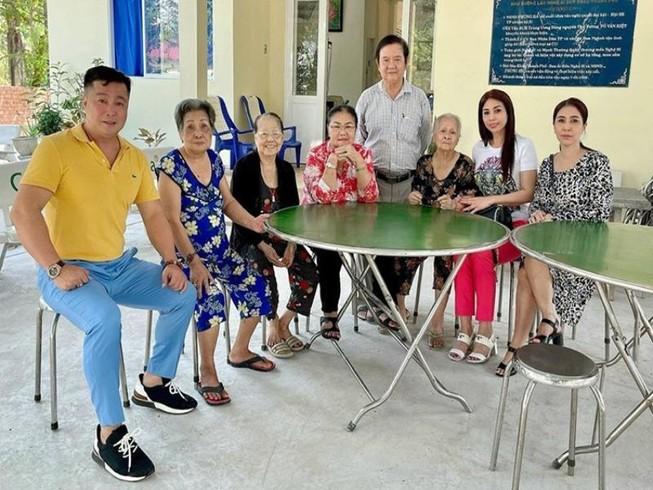 Gia đình Lý Hùng góp nửa tỉ tu sửa Viện Dưỡng lão Nghệ sĩ