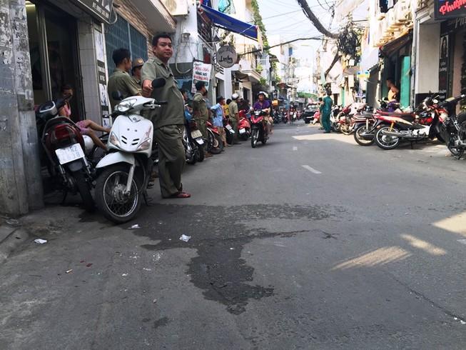 Hàng trăm cảnh sát bao vây, bắt trùm ma túy ở Bình Thạnh