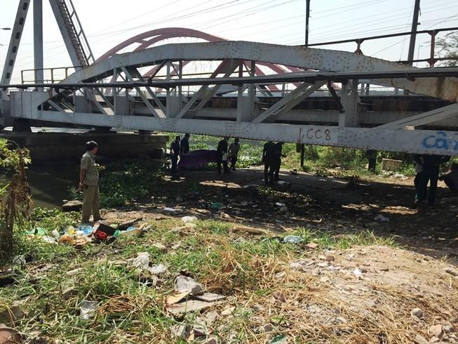 Phát hiện thi thể phụ nữ nổi dập dềnh trên sông Sài Gòn