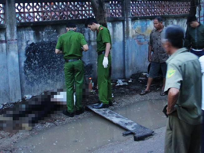 Nam thanh niên gục chết trong con hẻm ở Hóc Môn
