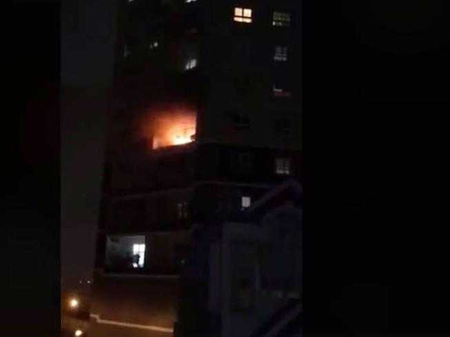 Cháy chung cư 18 tầng, nhiều hộ dân không hay biết