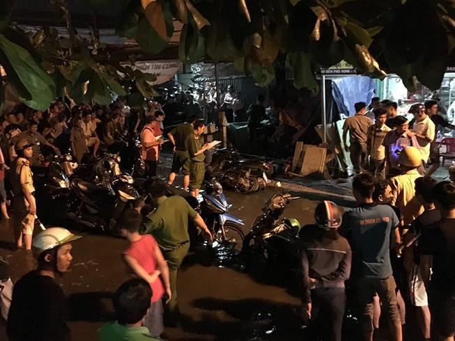 Thanh niên chạy xe bị đâm chết ngay trên đường Bến Phú Định