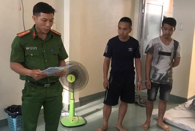 Bắt khẩn cấp nhóm cho vay nặng lãi ở quận Tân Bình