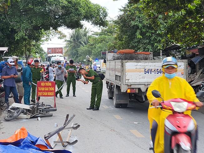 Tai nạn ở dốc cầu Ông Thìn, một người tử vong tại chỗ