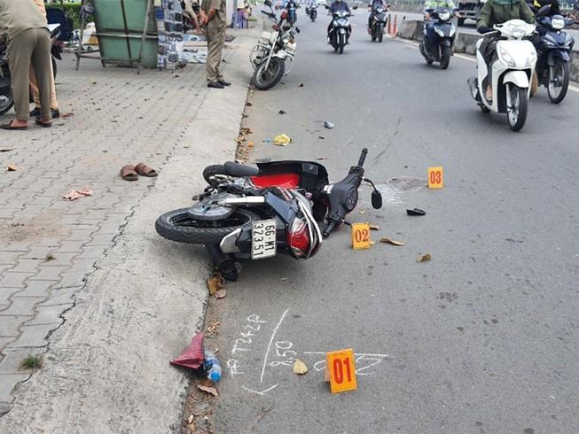 Bị cướp giật ở Bình Tân, vợ gãy tay chồng chấn thương sọ não