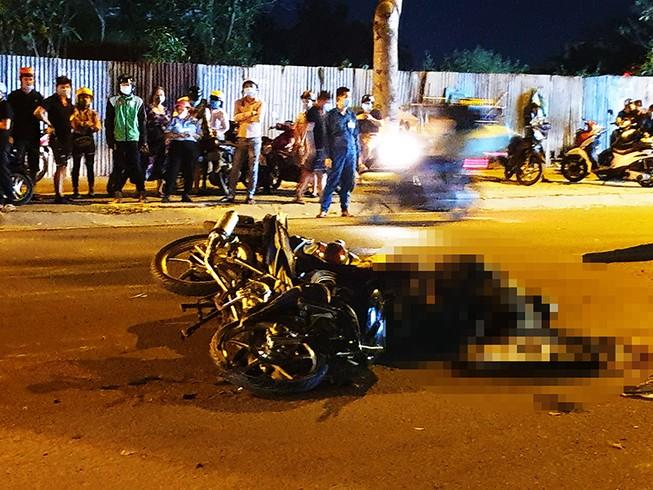 Bình Tân: Xe Exciter tông SH, người đàn ông chết tại chỗ