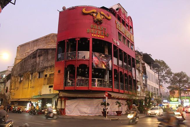 Hàng ngàn nhà hàng, quán bar, karaoke ở TP.HCM đóng cửa