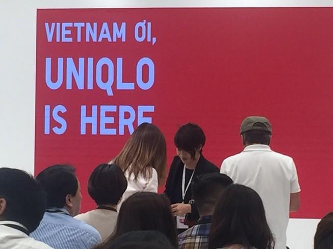 Ngày khai trương 6-12, Uniqlo khẳng định không giảm giá
