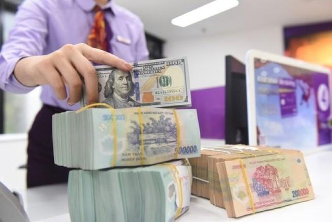 Tiền đồng đang bền bỉ giữ giá