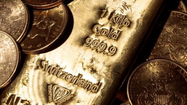 Giá vàng thế giới 'rơi tự do', chỉ còn 47,4 triệu đồng