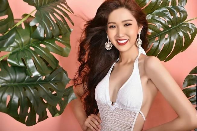 Bộ ảnh bikini triệu views giúp Nhật Hà nóng bỏng