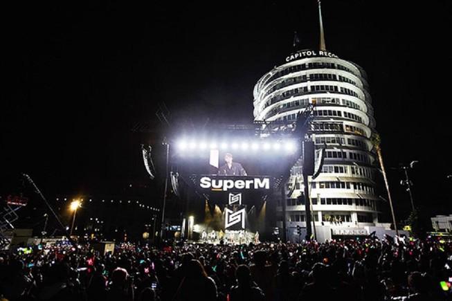 Showcase đẳng cấp Hollywood của SuperM làm mưa làm gió tại Mỹ