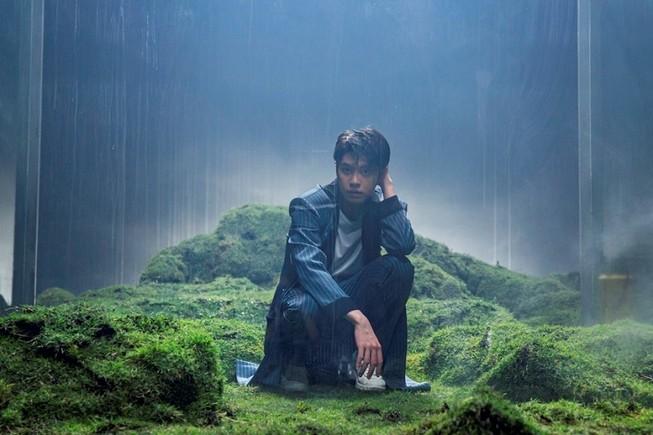 Noo Phước Thịnh gây ấn tượng với MV ẩn dụ về nghệ thuật