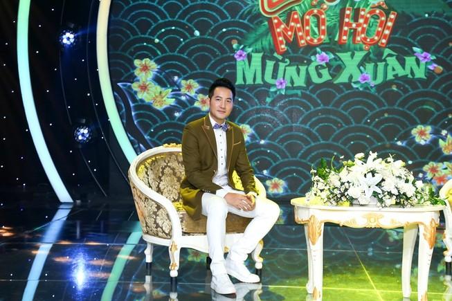 Nguyễn Phi Hùng xúc động khi hát lại 'Nhớ gấp ngàn lần hơn'