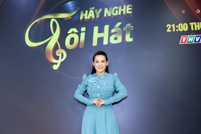 Sau sự cố 'mất giọng', Phi Nhung hào hứng ngồi ghế giám khảo