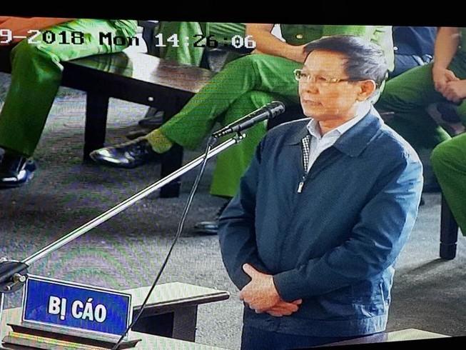 Bắt đầu xét hỏi ông Phan Văn Vĩnh: Bị cáo hết sức hối hận!