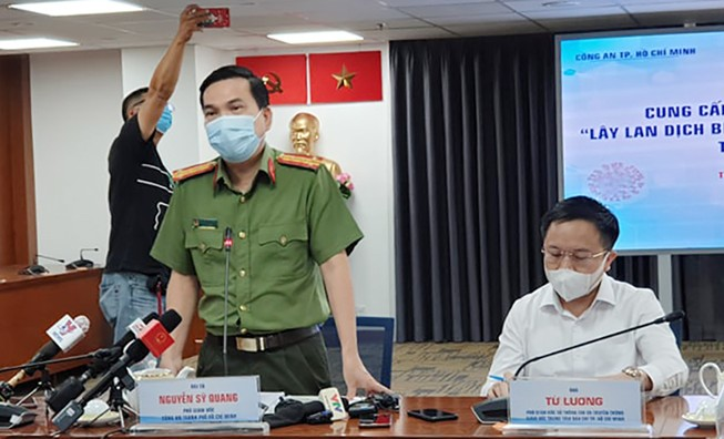 Công an TP.HCM nói về khởi tố vụ tiếp viên làm lây lan COVID