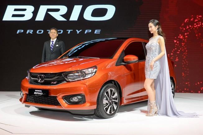 Giá chỉ hơn 280 triệu đồng/chiếc, ô tô Indonesia tràn vào VN