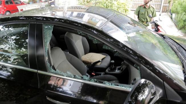 Chủ xe muốn tránh vỡ kính cửa ô tô, hãy tắt bluetooth