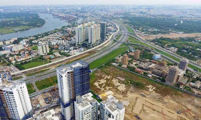 Vốn ngoại đổ vào bất động sản tăng 400%