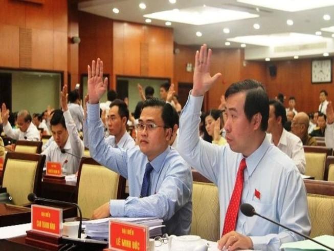 TP.HCM đề xuất chi 2.342 tỉ tăng thu nhập cho cán bộ