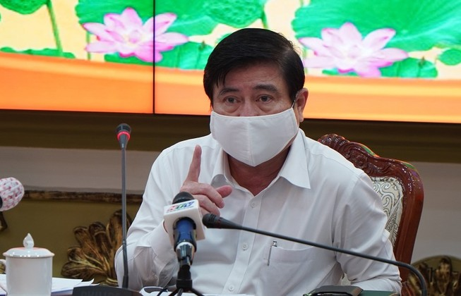 Chủ tịch UBND TP.HCM Nguyễn Thành Phong phát biểu tại cuộc họp. Ảnh: PHƯƠNG THÙY