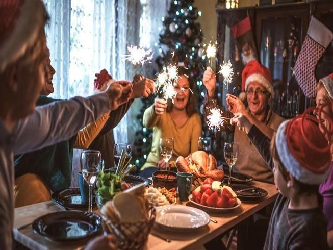 Độc lạ món ăn truyền thống đêm Noel ở các nước trên thế giới