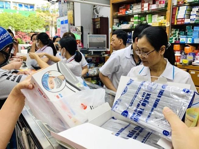 Sàn thương mại điện tử cam kết kiểm soát giá khẩu trang y tế