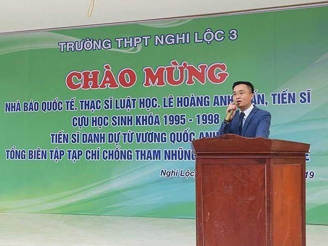 Sự thật bất ngờ về 'Nhà báo quốc tế' Lê Hoàng Anh Tuấn