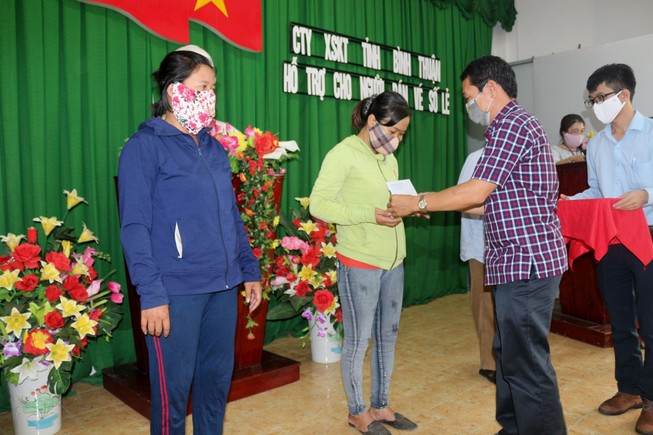 Bình Thuận cấm thăm, tặng quà, chúc Tết cấp trên