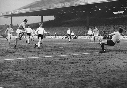 5 nhà vô địch tệ hại nhất lịch sử bóng đá Anh