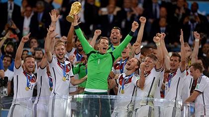 Khoảnh khắc đăng quang đầy cảm xúc của nhà vô địch thế giới Đức