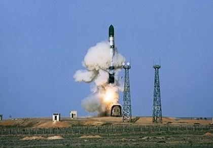 Nga bí mật thử thành công tên lửa đạn đạo mới