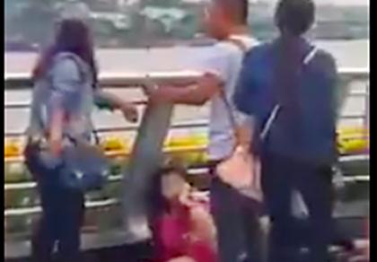 Đôi nam nữ bị đánh ở bến Ninh Kiều là dân 'hai ngón'