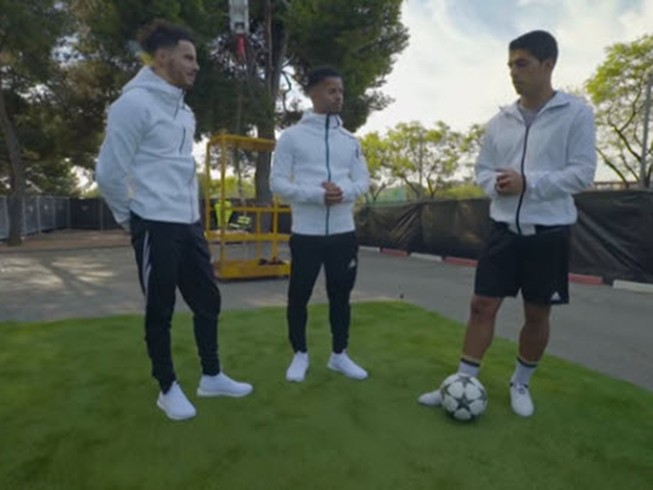 Luis Suarez tung clip triệu người xem