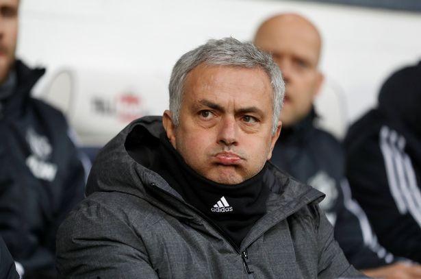 Vì sao Mourinho 'im lặng' sau khi Lukaku 'nổ súng'?