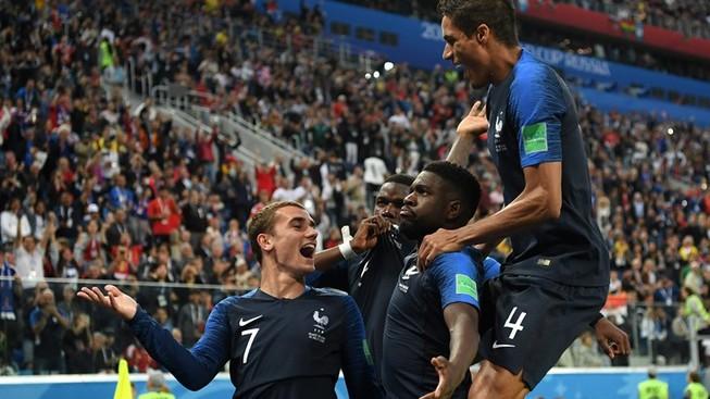Trung vệ hóa người hùng, Pháp loại Bỉ vào chung kết World Cup