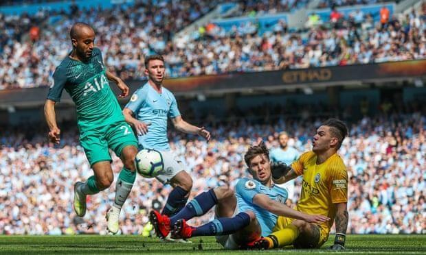 Đánh bại Tottenham, Man. City đòi lại ngôi đầu