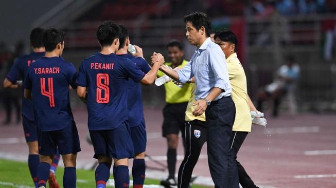 Cầu thủ vô danh thành người hùng của đội tuyển Thái Lan là ai?