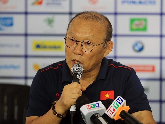 Thầy Park nói gì về U-22 Indonesia và bóng đá... Trung Quốc?