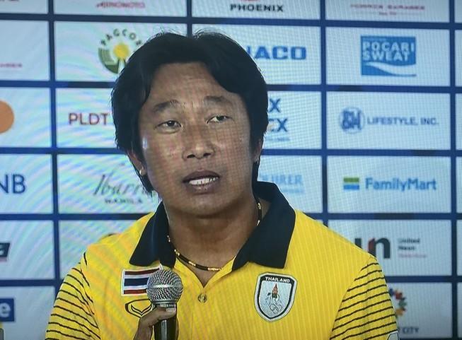 HLV Kaenson: 'Tôi cần thời gian để xây dựng bóng đá Thái Lan'