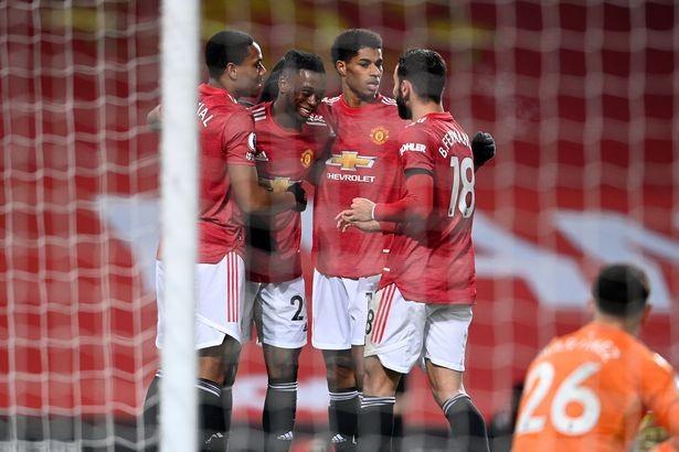 Các cầu thủ và CLB sẽ bị phạt nếu ôm nhau ăn mừng bàn thắng. ẢNH: GETTY