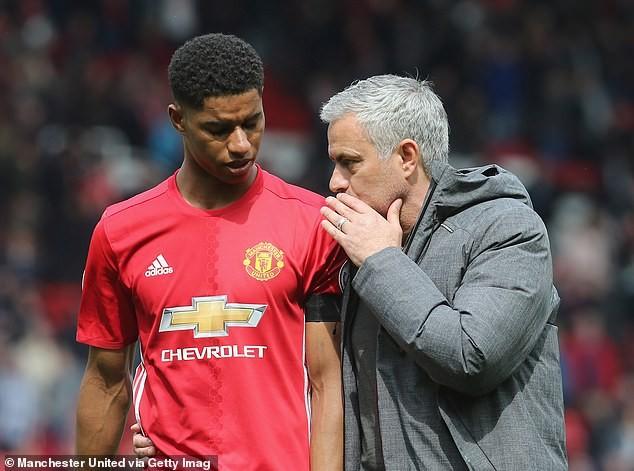 Mourinho từng dạy Rashford cách kiếm penalty. ẢNH: GETTY