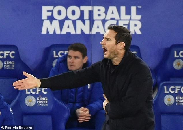 """Lampard """"đang chìm cùng con tàu"""" Chelsea. ẢNH: REUTERS"""