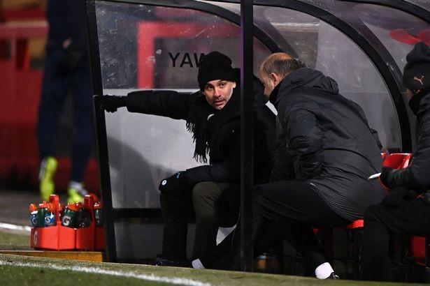 Pep Guardiola phải chơi chiêu trước đội bóng thuộc giải hạng 4 nước Anh. ẢNH: GETTY