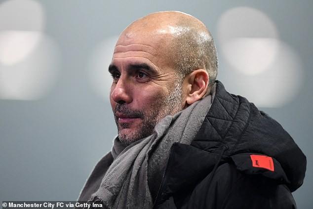 Pep Guardiola và Man City lần đầu len đỉnh Premier League mùa này. ẢNH: GETTY