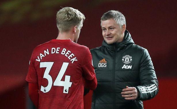 Solskjaer hứa cho De Beek thi đấu thường xuyên hơn. ẢNH: REUTERS