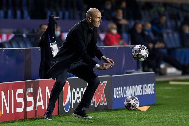 Zidane là HLV có lượng người theo dõi nhiều nhất trên mạng xã hội. ẢNH: DAILY STAR