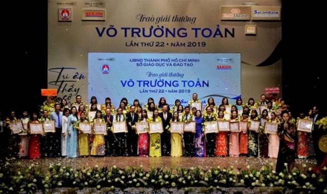 TP.HCM vinh danh 50 nhà giáo đạt giải Võ Trường Toản