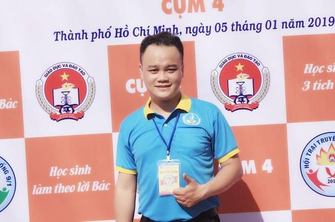 Thầy Trần Minh, giáo viên trường THCS- THPT Đào Duy Anh. Ảnh: TM